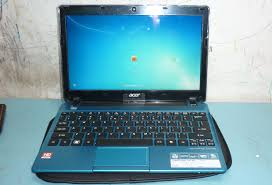 acer one 725 2 Netbook Pelajar Acer 725 12 AMD Mini Design