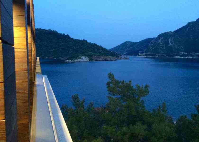 Traumhaft schöner Blick von der Rooftop Bar des Sentido Lotus Orkan Beach Hotels