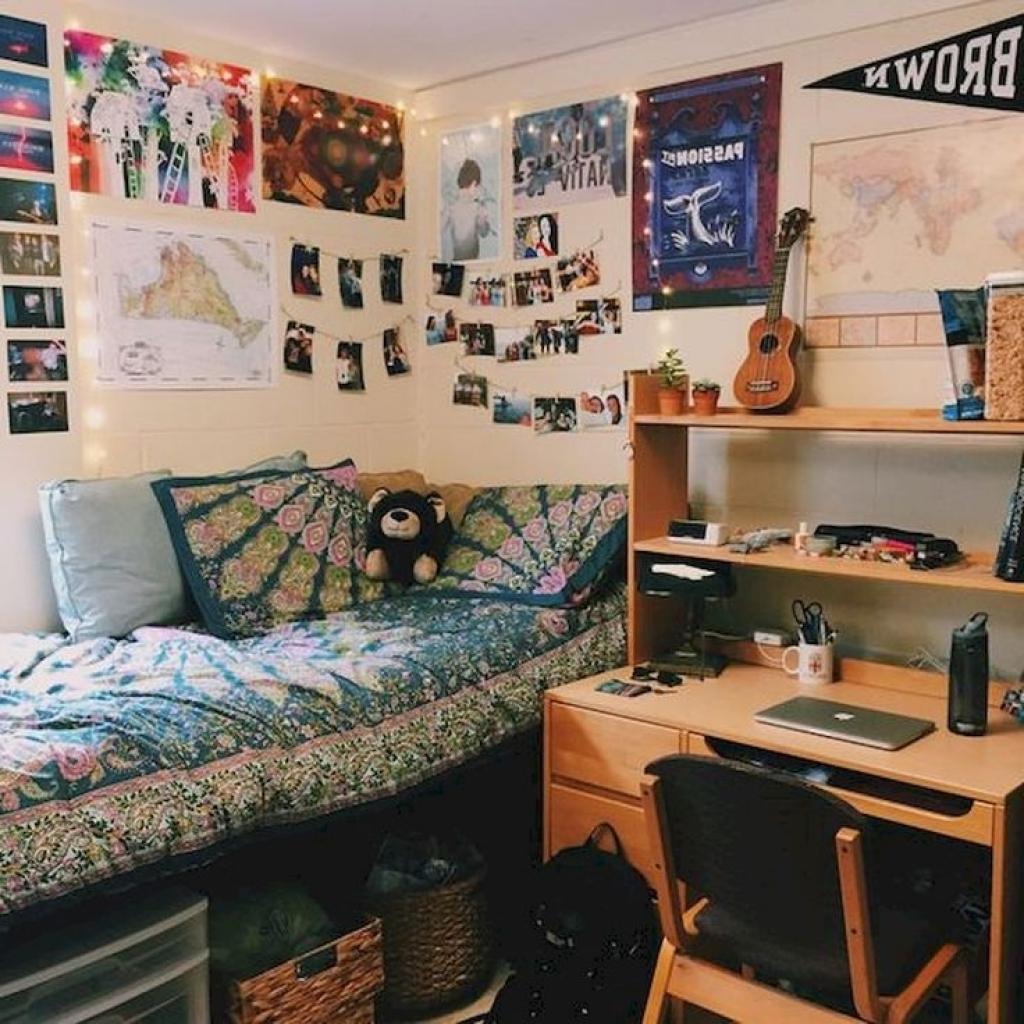 Fullsize Of Decorate College Dorm