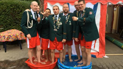 Die Jungs von Bernardus bei der Cold Water Challenge 2014