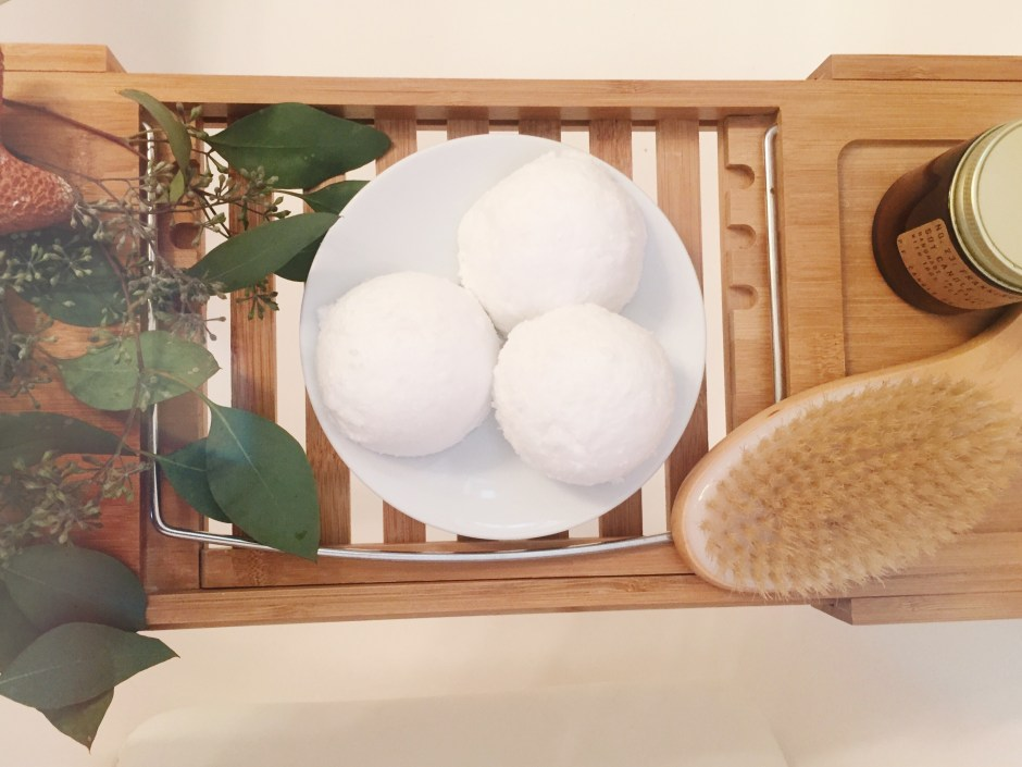 how to make bath bombs, make your own bath bombs like lush