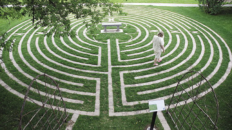The 50 Best Campus Meditation Spaces Best Counseling Schools - labyrinth garden design