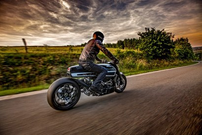 Ducati Diavel Thiverval by Fred Krugger