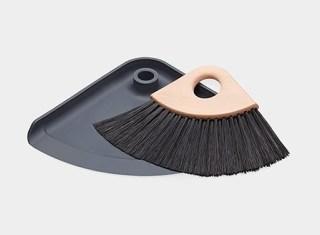 110435_A2_Sweep-It_Set
