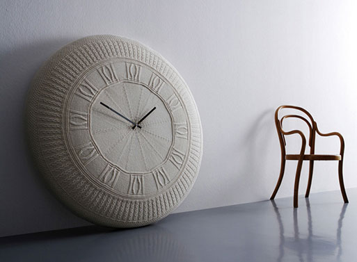 Gomitolo Knit Clock