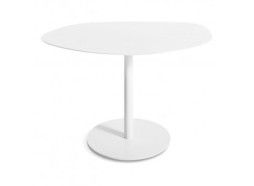 Swole Medium Table