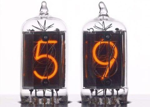 Chronotronix V400 Nixie Clock