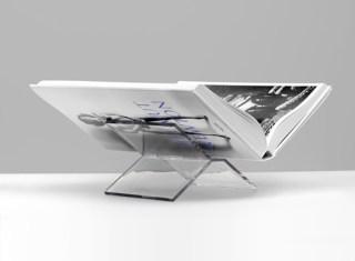 taschen-bookstand-2