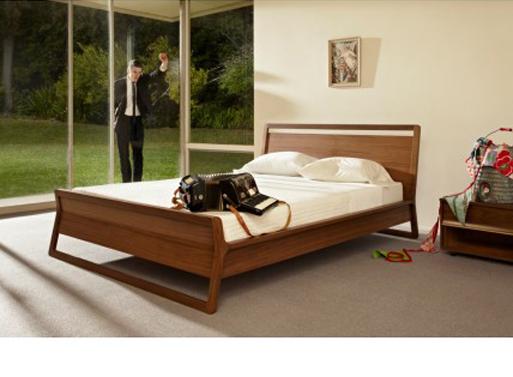 Woodrow Bed