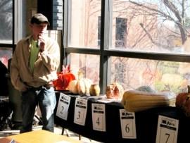 Pumpkin auction 2012-1 (web)