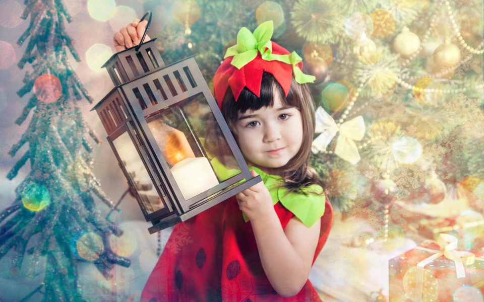 Cute New Wallpaper Download Cute Girl With New Year Lantern Wallpapers 960x600 221863