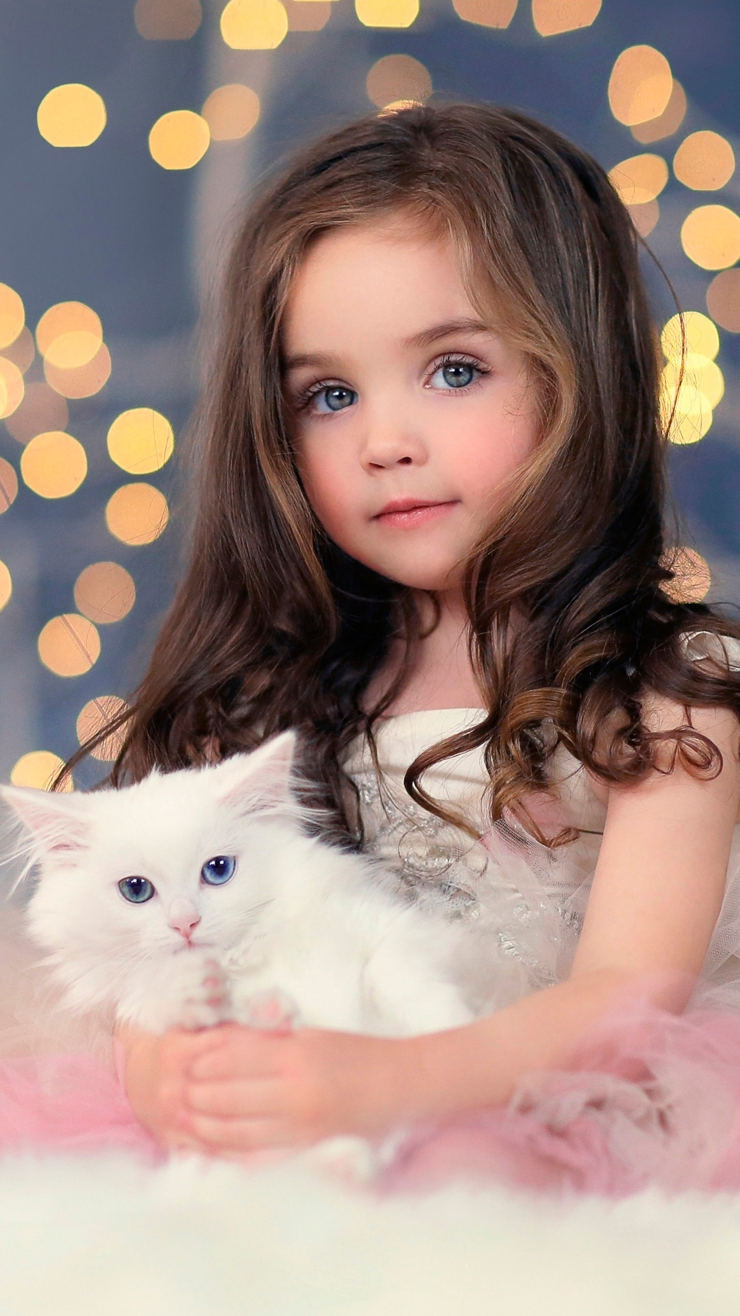 Cute Small Baby Girl Wallpapers Girl And Cat Kitten Wallpapers 1080x1920 566793
