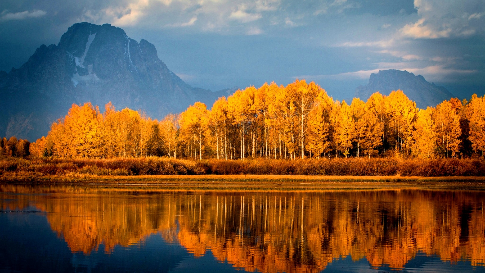 Fall Hd Wallpapers 1080p Widescreen Autumn Lake Trees Mountains Wallpapers 2048x1152 1082946