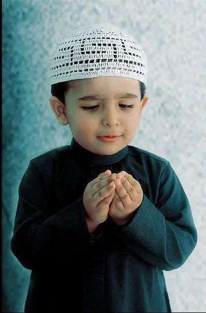Muslim Girl Namaz Wallpaper Kids Praying To Allah Www Pixshark Com Images