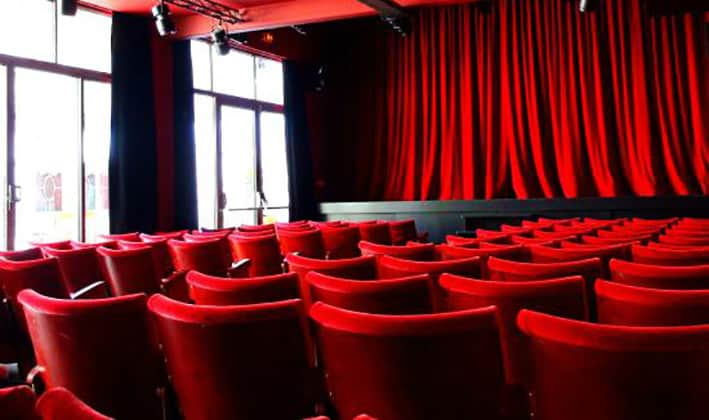 compagnie cafe theatre nantes places
