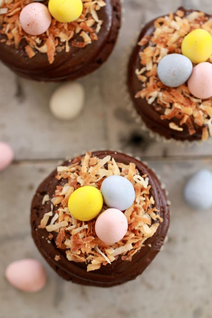 Flourless Chocolate Cupcakes (Small Batch Cupcakes For Spring