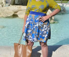 Plus Size Blogger Sherry Aikens from BigGirlsGuide.com wearing a mixprint dress plus size fashion for women and curvy girls