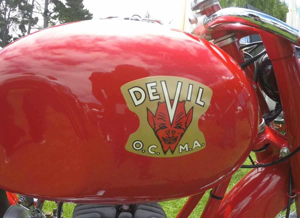 Video Intermission - 1955 Devil 160 Super Sport at the 2016 Quail