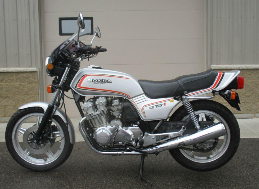 1979 Honda CB750F Super Sport - Bike-urious
