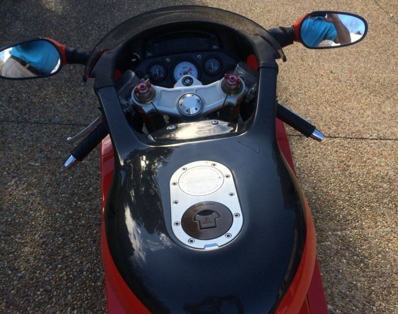 How Much Does A Suzuki Motorcycle Weigh