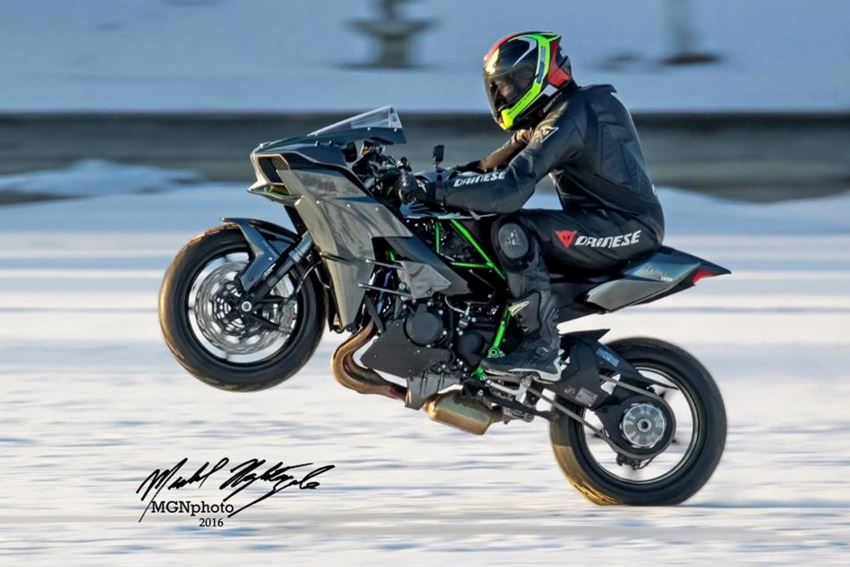 World Record Attempt - Wheelies and Stoppies on Ice!