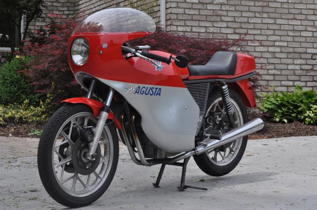 MV Agusta 350S Ipotesi - Left Side