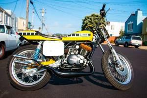1976 yamaha rd400 street tracker bike urious for Olive branch yamaha