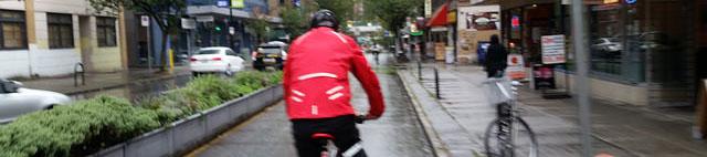 Regenjacke mit langem Rücken
