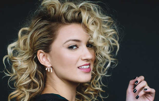 Beautiful Girl Sketch Wallpaper Give Me An Ot Rating On Nationwide Girl Tori Kelly