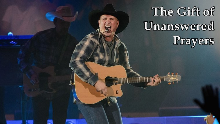 Garth Brooks live
