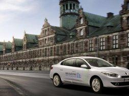 Renault Fluence z.e. bliver præsenteret ved åbent hus