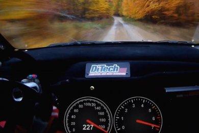 Rally med 227 km/t igennem skoven