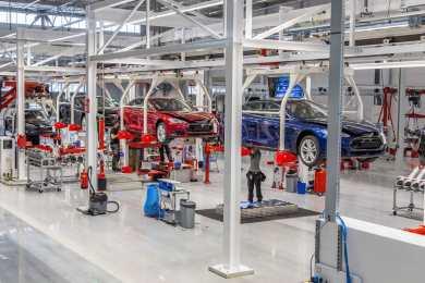 Tesla Tilburg fabrik - tesla model s