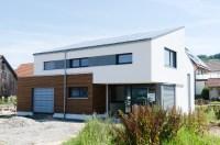 Traumhaus mit Holzfassade und Sandwichdach  Binder ...