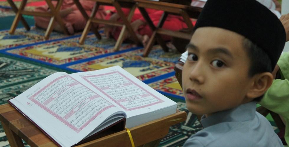 tadarrus, reading quran in the surau