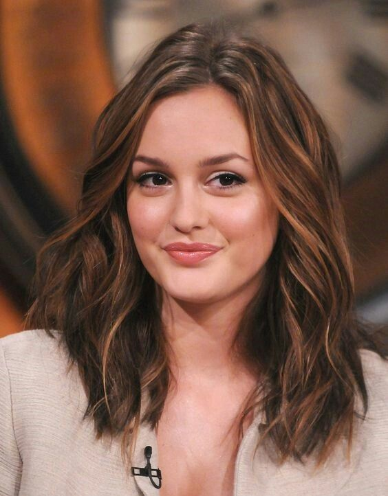 I Am Single Girl Wallpaper Leighton Meester Wiki Biography Age Height Weight Profile