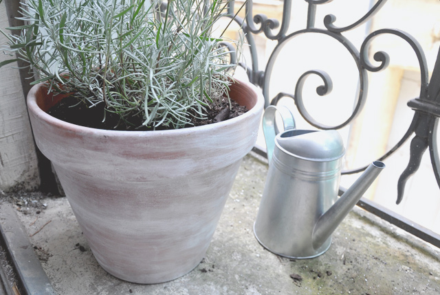 DIY: Customiser ses pots de fleurs