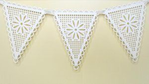 lace pennants 4