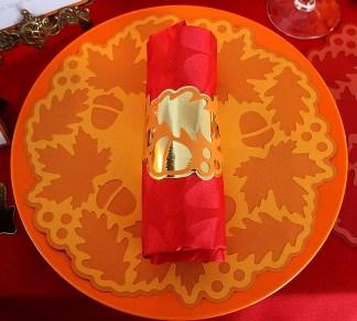 napkin-ring-and-doily