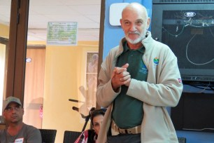 Rosendo Martinez talks about the Protected Area system in Cuba. (photo by Lisa Sorenson)
