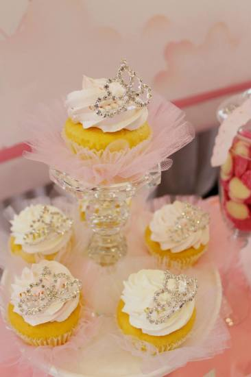 Bling Princess First Birthday Party pretty cupcakes