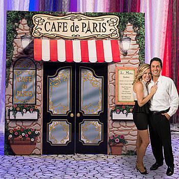 La Paris Cafe Prop