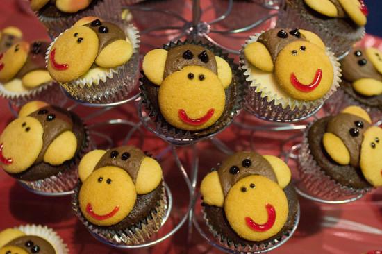 monkey cupcakes by Elton Lin