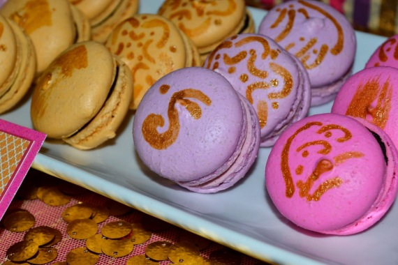 gold-moroccan-teen-birthday-party-french-macarons-close-up