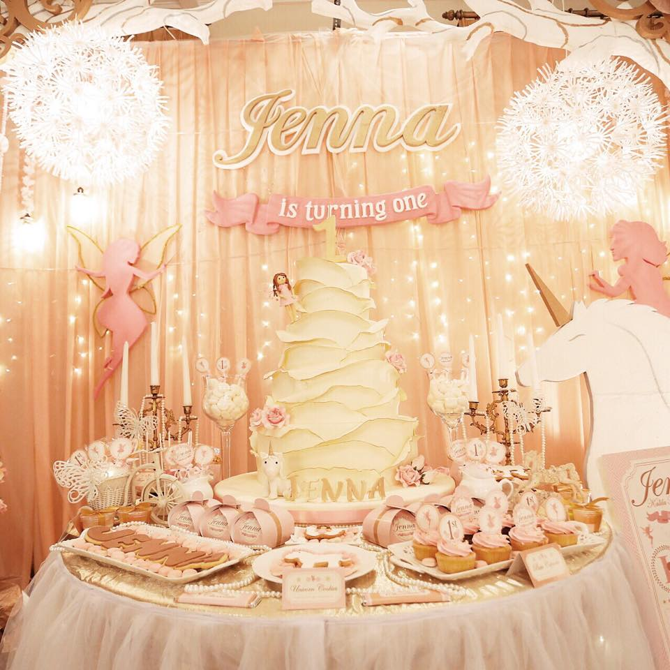 35 Cute 1st Birthday Party Ideas For Girls | Table Decorating Ideas