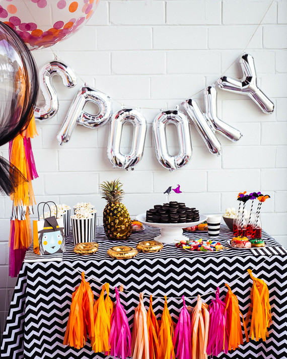 Modern halloween party birthday party ideas themes - Kids halloween party decoration ideas ...
