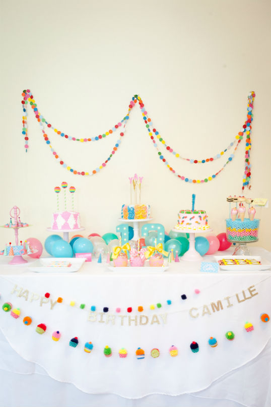 Teeny-Teen-Party-Polka-Dot-Backdrop