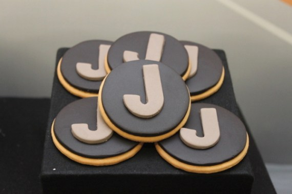 Cars-Desert-Inspired-Birthday-Party-Cookies