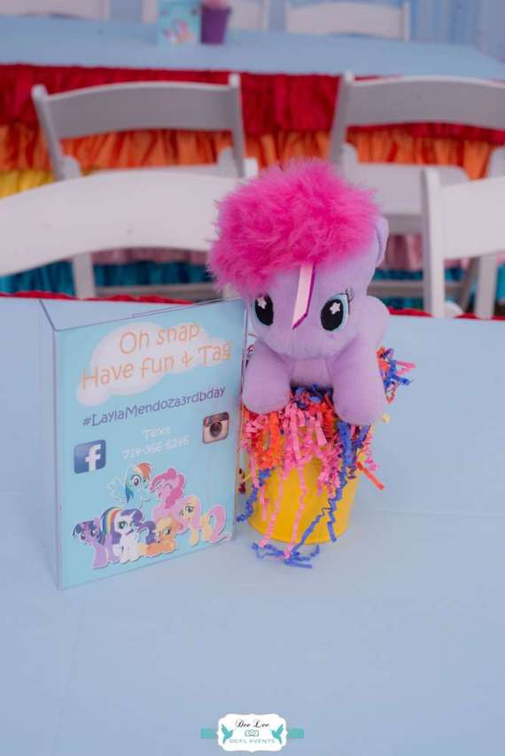 Rainbow-Dash-Adventure-Birthday-Centerpieces