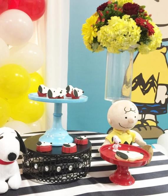 Snoopy-And-Pals-Birthday-Flowers